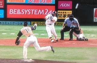 同点になった所を、中村晃が逆転2点タイムリー
