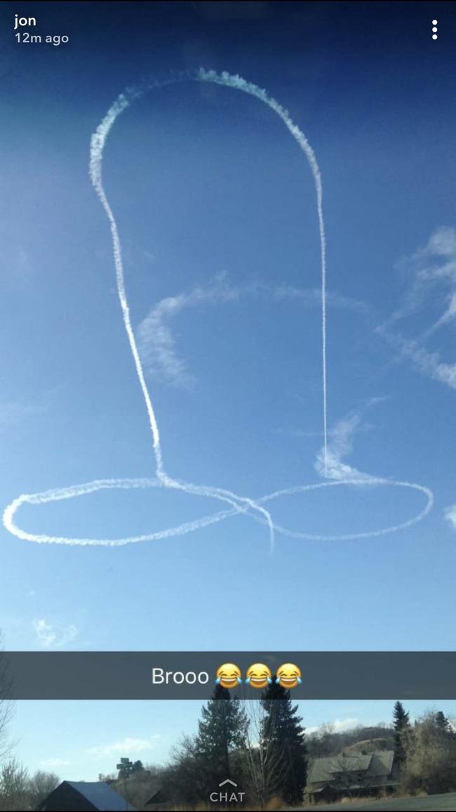 戦闘機 男性器 パイロット 海軍 落書き 飛行機雲に関連した画像-03