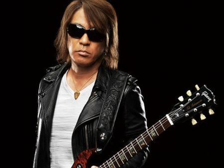 B′z 松本 ギター 盗難 ミュージックマン ミエナイチカラに関連した画像-01