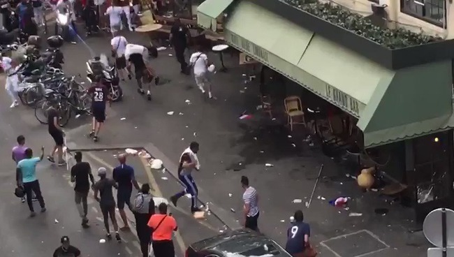 フランス W杯 優勝 暴動 移民に関連した画像-01
