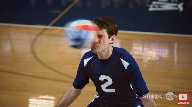 バレーボール 顔面レシーブ スコット・スターリンに関連した画像-08