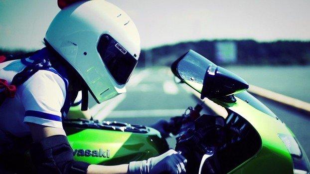 バイク 若者 憧れ 転倒 お金に関連した画像-01