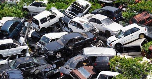 車 自動車 税金 若者 車離れに関連した画像-01