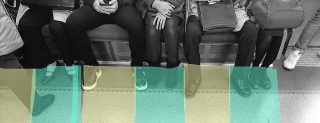 電車 男 邪魔 股 足 女性に関連した画像-03