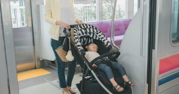 電車 エレベーター ベビーカー 折りたたむ マナー ノイジーマイノリティ クレーマーに関連した画像-01