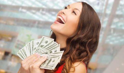 女性 お金に関連した画像-01