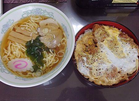 出前 食器 洗う そば ラーメン 寿司 カツ丼に関連した画像-01