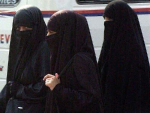 アフガニスタン 処刑 女性 買い物に関連した画像-03