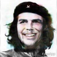 顔写真 絵 強制的 笑顔 アプリ FaceApp プーチン大統領 スネイプ リヴァイ兵長 スネークに関連した画像-04