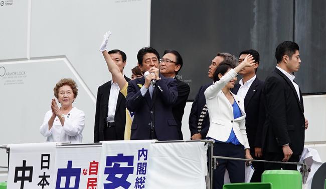 安倍首相演説 籠池泰典 連行に関連した画像-01