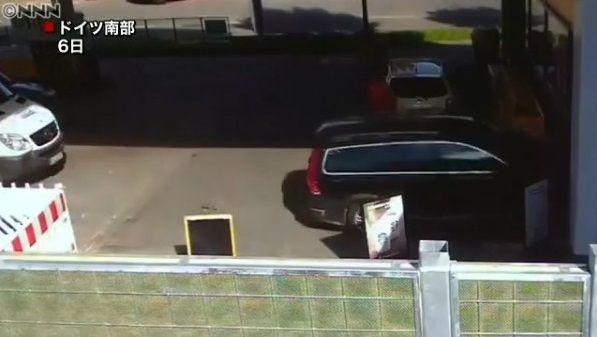 高齢ドライバー 事故 ガソリンスタンドに関連した画像-04