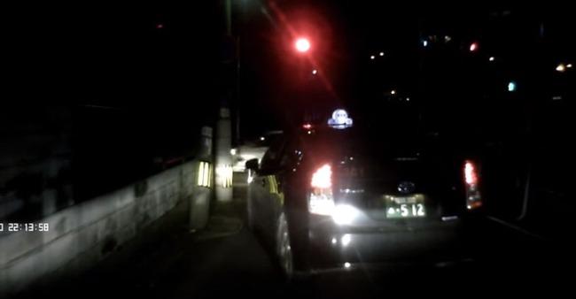 タクシー 運転手 ブチギレ 恫喝 接触 動画に関連した画像-01