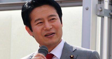 立憲・桜井周候補とその支持者、演説会でナチス式敬礼をしていたことが発覚し批判殺到