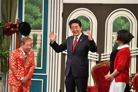 安倍首相 吉本新喜劇 出演に関連した画像-03