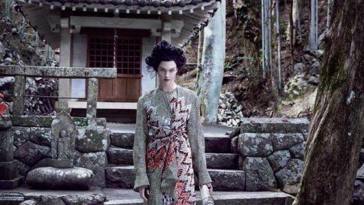 カーリー・クロス 謝罪 差別 日本人に関連した画像-01