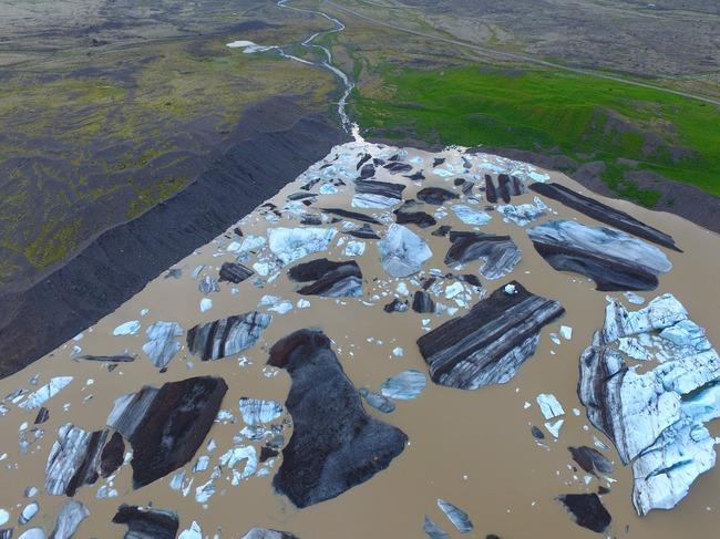 アイスランド 氷河 合成写真に関連した画像-04