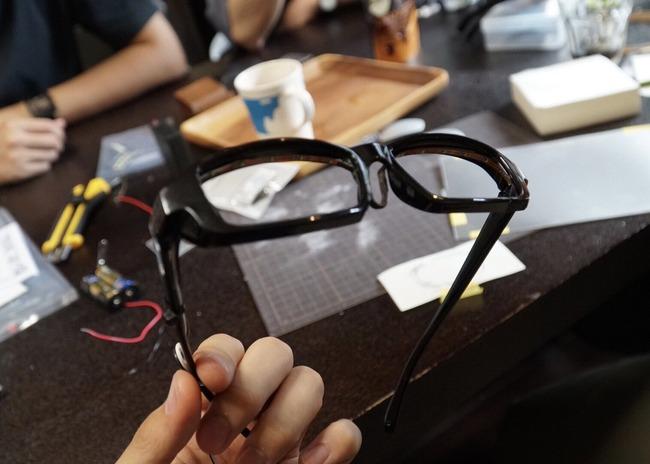 メガネ 光る メガネキャラ LED 自作に関連した画像-02