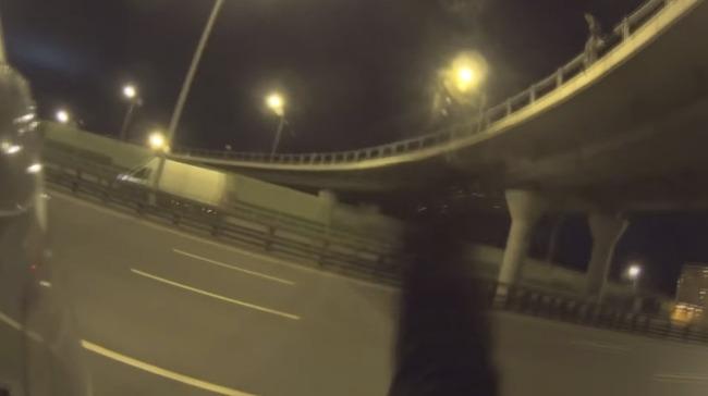 高速道路 ロシア バイクに関連した画像-05
