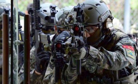 韓国軍 海兵隊 ヘルメットに関連した画像-01
