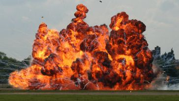 中国 爆発 弁当 電車 車両 発熱材 車掌 乗務員に関連した画像-01
