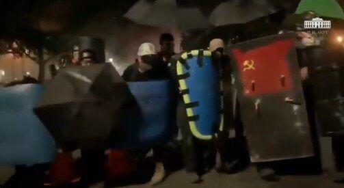 ホワイトハウス BLM デモ 暴動 衝撃映像公開に関連した画像-05