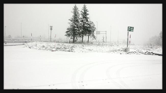【やべえ】台風26号で大変なことになってるのに、北海道でもう雪が振ってるんだけどwwwwwwwwwwwwwww