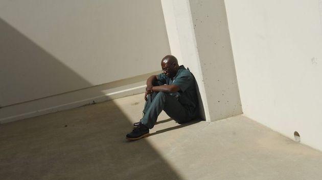 冤罪 米コロラド州デンバー 28年 投獄 無実に関連した画像-03