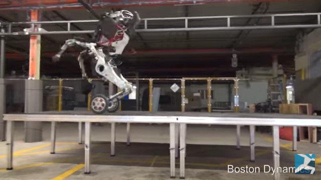 ボストン・ダイナミクス ロボット 2足歩行に関連した画像-14