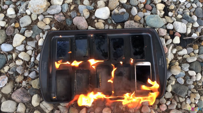 iPhone 燃やす 歴代 携帯 スマホ アップルに関連した画像-08