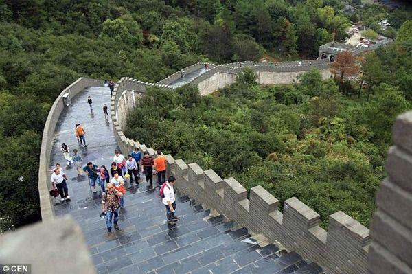 中国 万里の長城 偽物に関連した画像-03