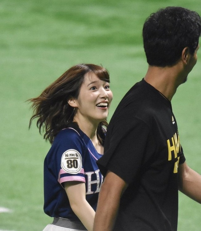 声優 内田真礼 劣等種 オタク スポーツ選手 笑顔 ソフトバンクホークスに関連した画像-02