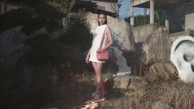 ハイブランド ヴァレンティノ koki 着物 帯 尻に敷く ヒール 踏みつけに関連した画像-01