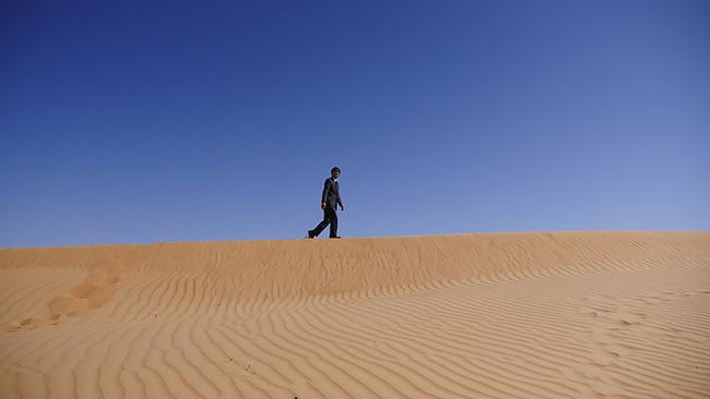 マスターキートン 砂漠 スーツ 検証 に関連した画像-09
