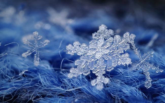 雪結晶 エモい 綺麗に関連した画像-01
