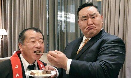 日馬富士 暴行事件 引退 朝青龍 ドルジ ツイッターに関連した画像-01