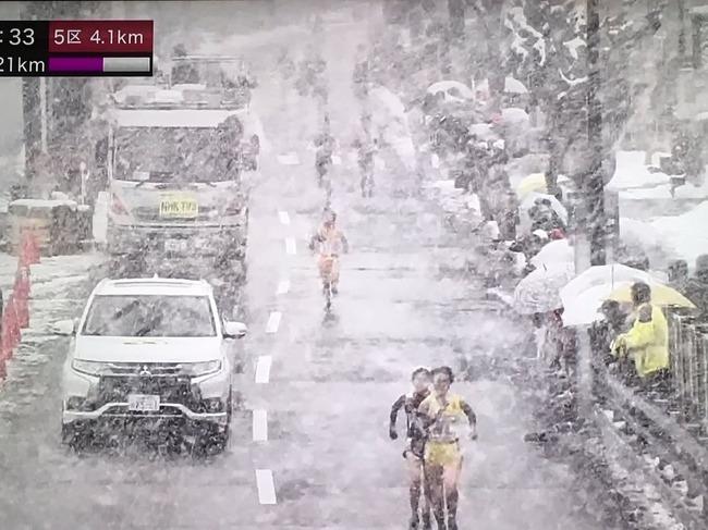 全国女子駅伝 雪 大雪 NHKに関連した画像-09