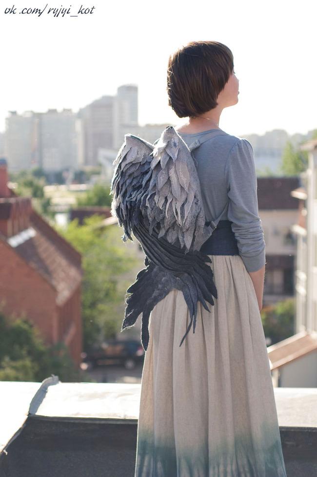 羽 バックパック 鳥の羽 リュックサック 鞄に関連した画像-03