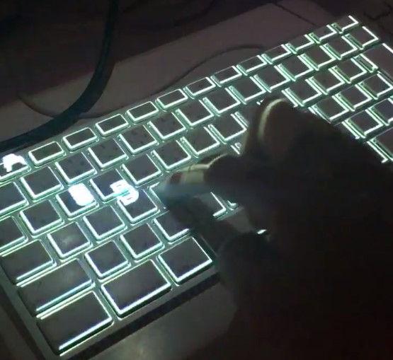 キーボード かっこいい おしゃれ 文字 キー 流れるに関連した画像-10