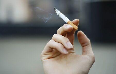 タバコ 愛煙家 喫煙 公共の福祉 分煙 飲食店 健康増進法 に関連した画像-01