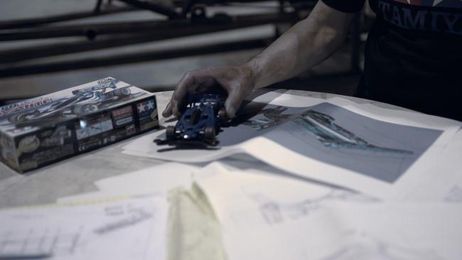 ミニ四駆 実写化 プロジェクト タミヤ エアロアバンテ 運転 お披露目に関連した画像-04