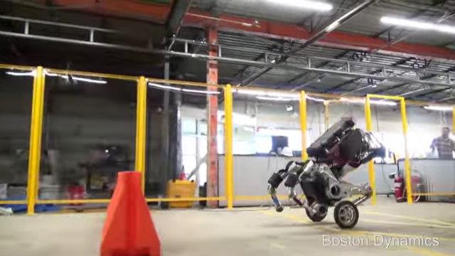 ボストン・ダイナミクス ロボット 2足歩行に関連した画像-09
