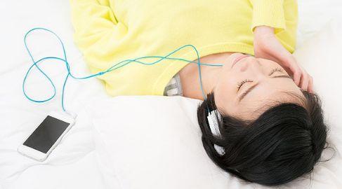 イヤホン 就寝 難聴 耳に関連した画像-01