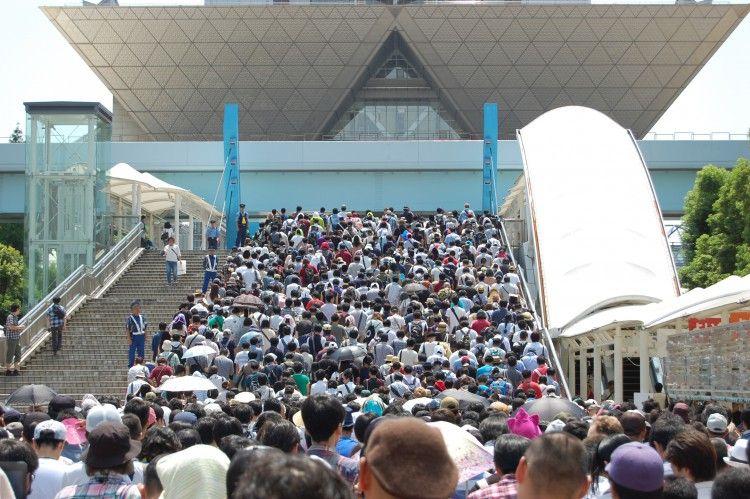 【悲報】来年の夏コミケ(C98)、東京五輪のせいで2020年5月2日~5日のGW開催となる