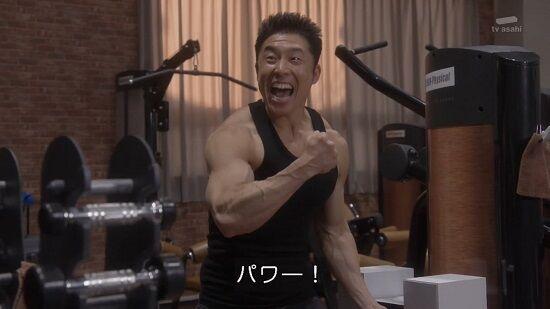 タンクトップマッチョ筋肉に関連した画像-01