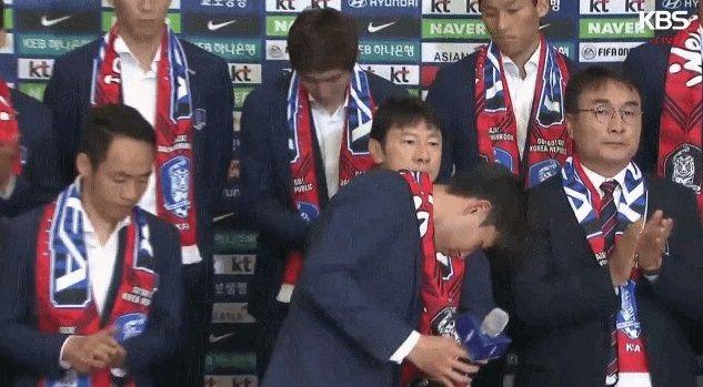 サッカー韓国代表 帰国 卵に関連した画像-01