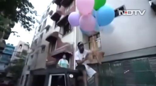 人気 ユーチューバー 犬 風船 空 逮捕に関連した画像-01