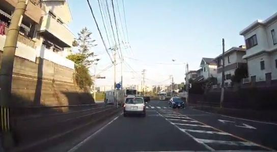 左折 右折 ドラレコ 運転 車に関連した画像-03