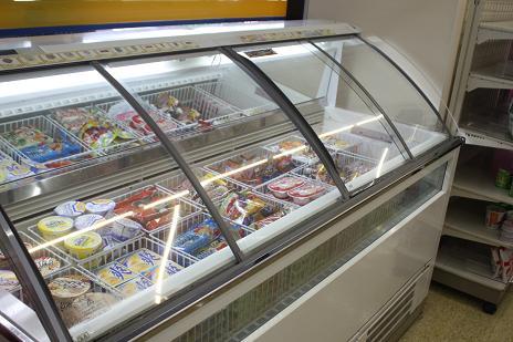 アイスケース コンビニ 冷凍庫 撮影 逮捕に関連した画像-01