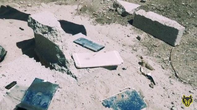 iPhone6S 脆弱性 ハンマー 液体窒素 YouTube 動画 ライフル ミキサー 破壊 スマートフォンに関連した画像-07