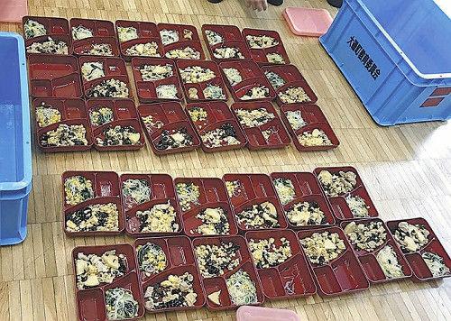 神奈川県 中学校 給食 不味い 異物混入 虫 髪の毛 プラスチック片に関連した画像-01